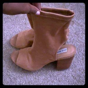 Steve Madden open toe Camel heels .  Worn twice